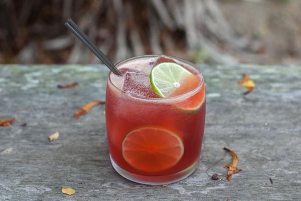 scarlet tea cocktail