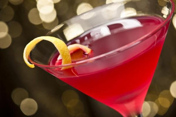 cosmopolitan-cocktail-with-lemon-garnish.jpg
