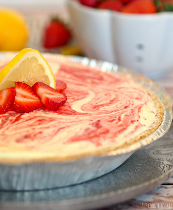 NO BAKE Strawberry Lemonade Freezer Pie, My favorite! - The Cookie Rookie