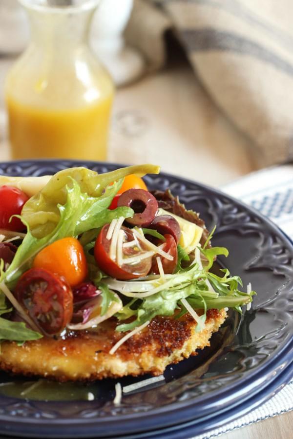 Chicken Milanese with Artichokes, Kalamata Olives and Maple Dijon Dressing   The Suburban Soapbox #natureraisedrecipes