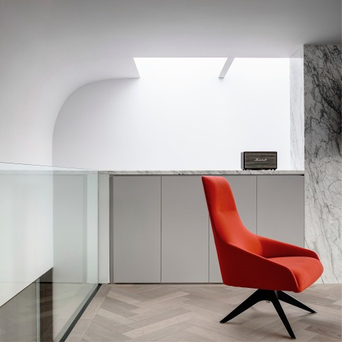 Percy Lane Mews is a minimalist house located in Dublin, Ireland, designed by ODOS architects. (12)