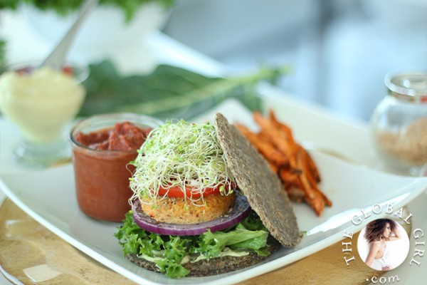 Raw vegan burger buns by ndoema epicurious community table the global girl raw recipes these super simple nut free oil free forumfinder Images