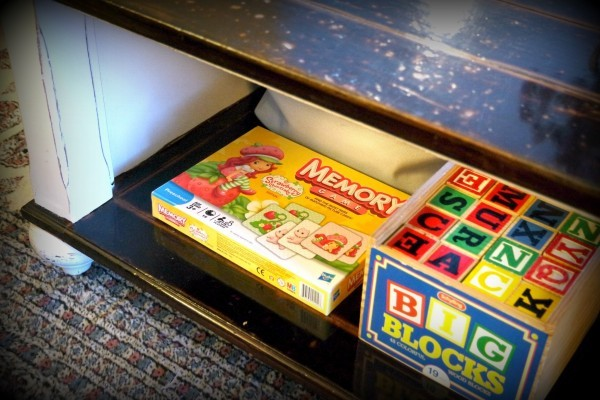 organize toys how to coffee table storage
