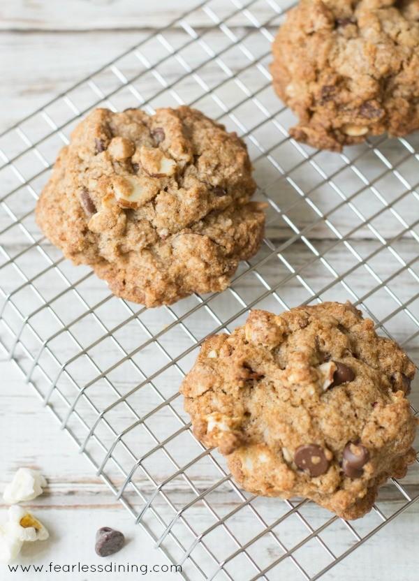 gluten-free-anyway-you-like-it-pantry-cookies-rack
