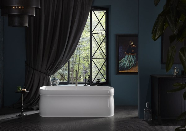 Chess freestanding bath    Refinia bath filler    The epitome of the classic Shaker Americana design, this bath exudes timeless sophistication that elevates the artistry of any space.