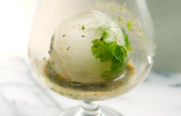 A Diwali Cocktail // stirandstrain.com
