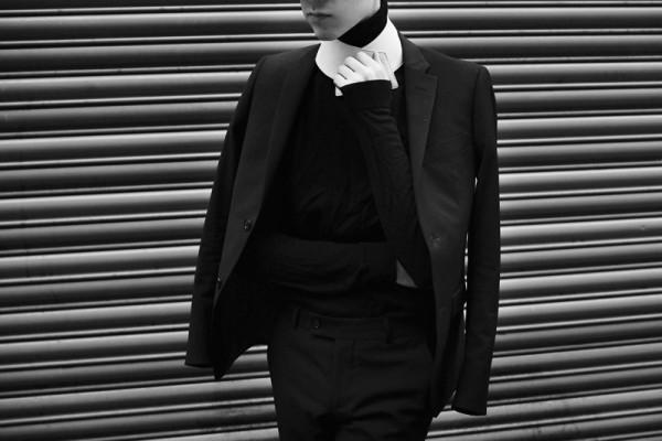 mikkoputtonen_LCM_streetstyle_turo_official_suit_redlabel_givenchy_acnestudios_jilsander_mikkoputtonenXgtie_londoncollectionsmen_lookbook11_web