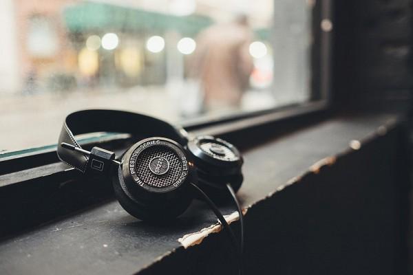 the-e-series-headphones-by-grado-labs-7
