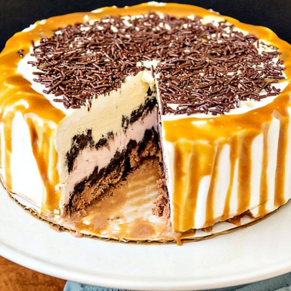 Party Ice Cream Cake | Pastry Chef Online