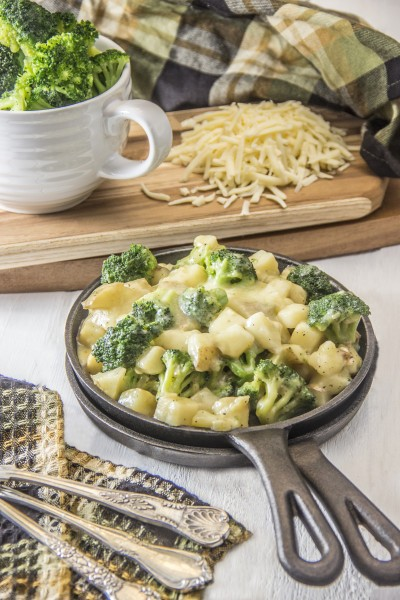 Healthy Cheesy Skillet Potatoes with Broccoli Image