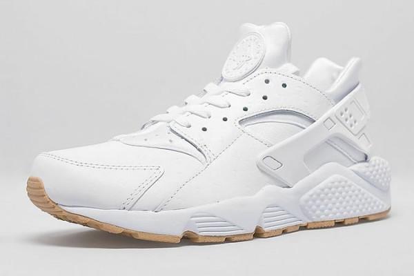 Nike Air Huarache Premium White & Gum Pack