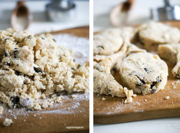 Roasted Pear and Cinnamon Chocolate Chunk Scones by sugarlovespices ...