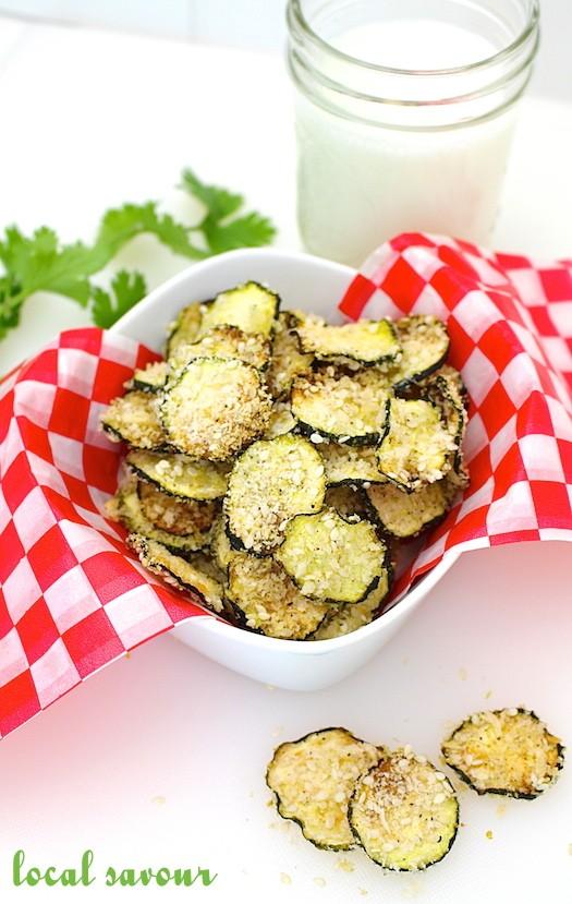 Sesame Zucchini Chips | LocalSavour.com