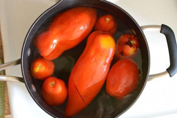 removing-tomato-skins