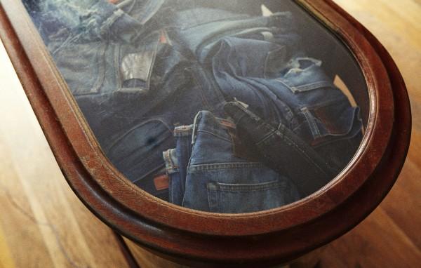 Club-Monaco-Jeans-Shop-5.jpg