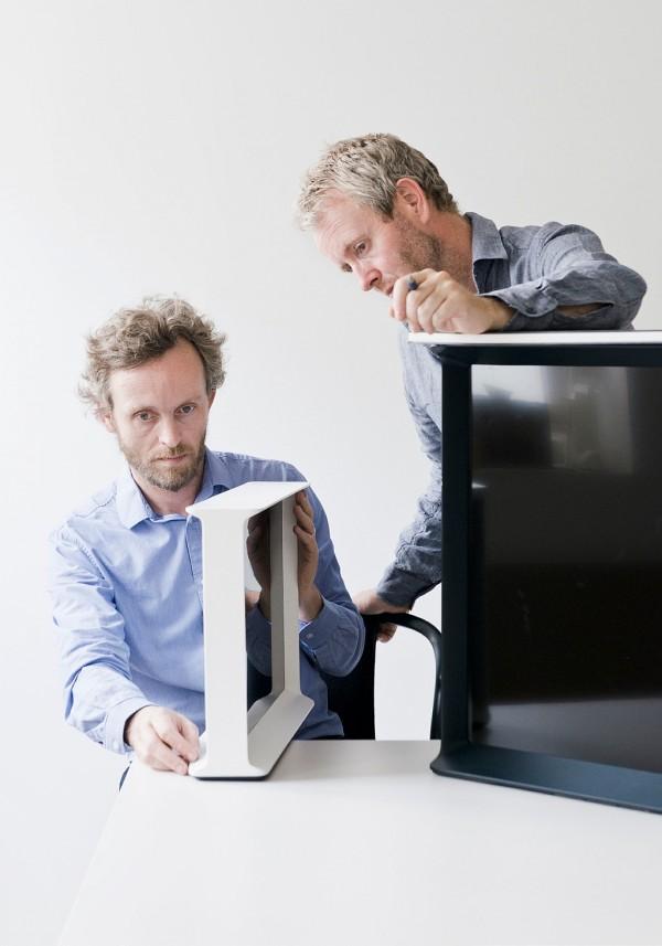 samsung-serif-tv-buroullec-brothers-design-6