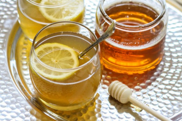 Hot toddy tea bourbon drinkwire for Hot tea with whiskey