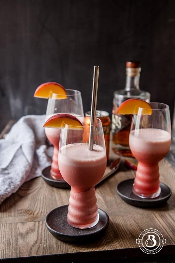 Raspberry Peach IPA Slushies | The Beeroness