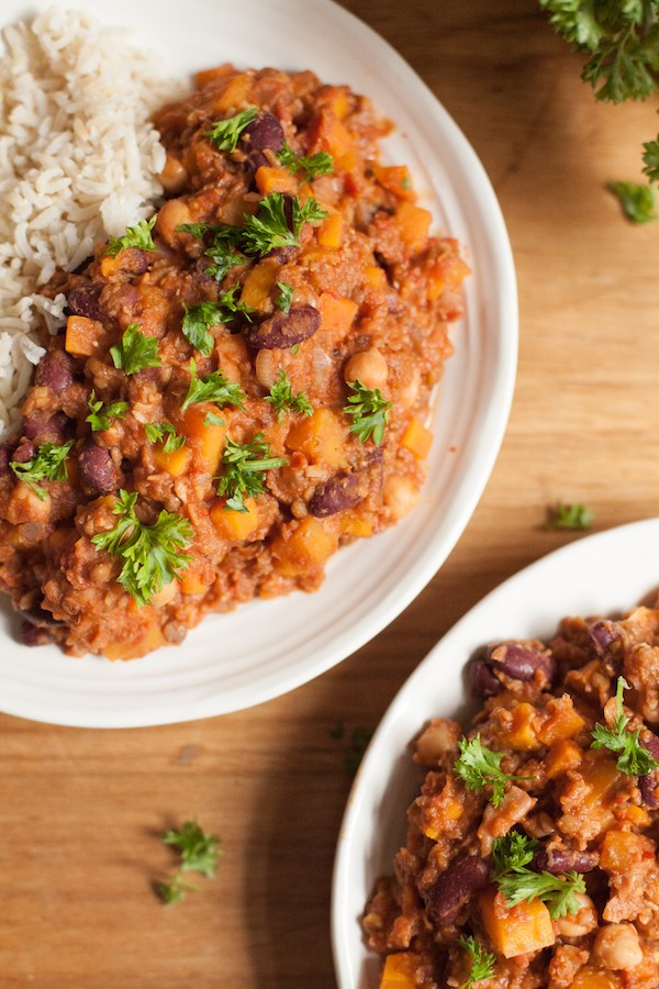 Spicy vegetarian chili is perfect for warming up on a cold fall day. Pair this vegetarian chili with rice or over nachos!