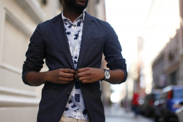 lightweight navy blazer