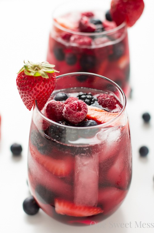 Summer Berry Sangria | One Sweet Mess