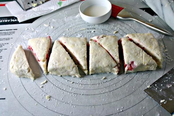 5-scones-cut