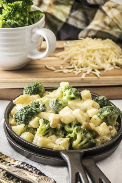 Healthy Cheesy Skillet Potatoes with Broccoli Picture