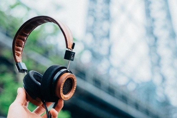 the-e-series-headphones-by-grado-labs-3