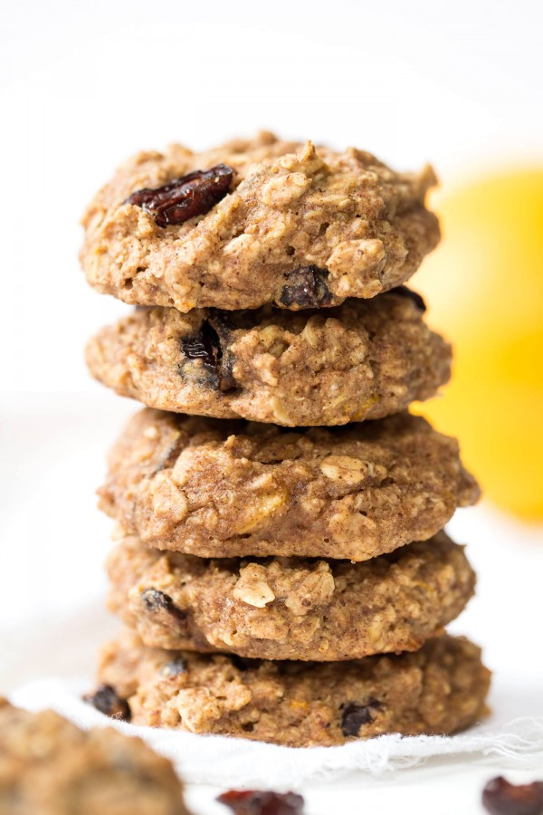 Cranberry Orange Quinoa Breakfast Cookies made in just one bowl, packed with nutrition and naturally gluten-free & vegan!