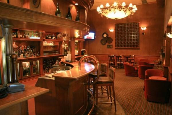 hotel-bar.jpg