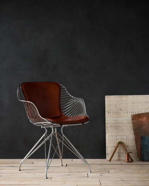 Wire Dining Chair is a minimalist design created by Denmark-based designer Overgaard & Dyrman. (3)