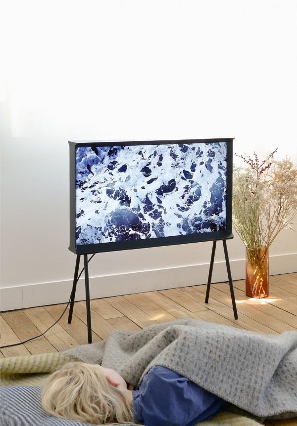 samsung-serif-tv-buroullec-brothers-design-20