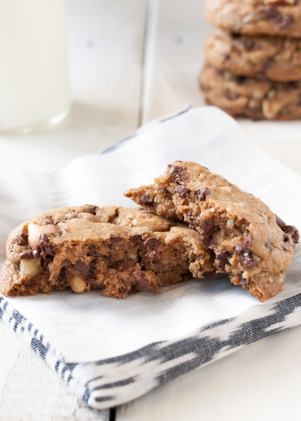 Chocolate Chip Cookies With Walnuts and Coconut Oil | Nutritious Eats