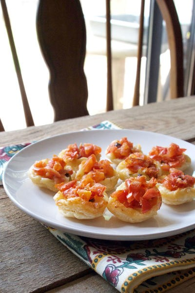 Upside Down Tomato Basil Tartlets Picture