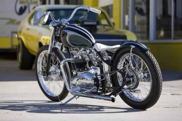 Moon Machine Triumph Bobber 11