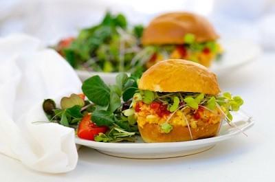Smashed-Chickpea-Sriracha-Salad-Sandwich1-400x265.jpg