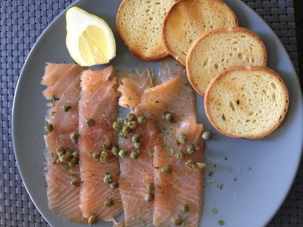 Smoked Salmon & Toast Points
