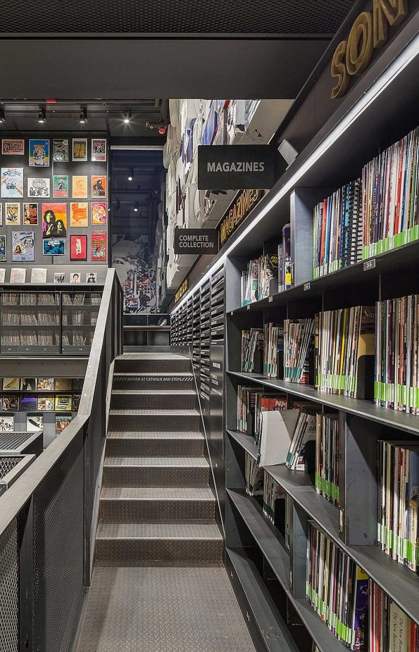 music-library-understage-a-vinyl-fantasy-3