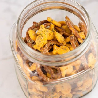 ranch-goldfish-snack-mix-feature-320x320.jpg