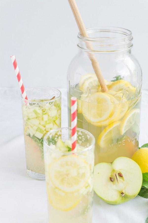 Apple-Honey-Lemonade-Vertical-2-682x1024.jpg