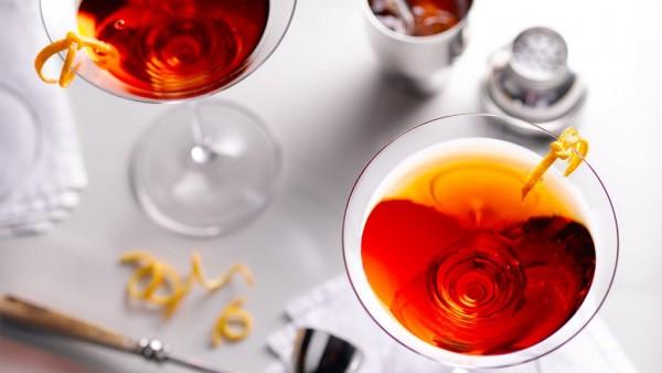 Martini-Kiss2-1024x576.jpg