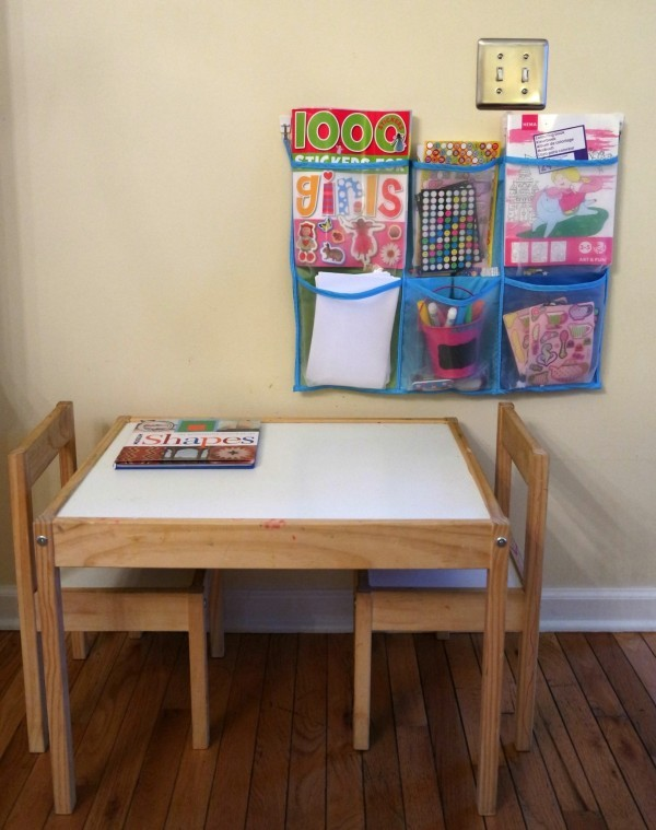 art table organize toys