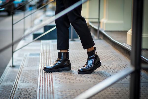 mens zip up boots