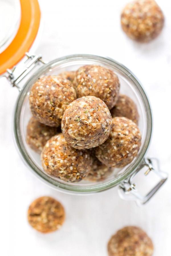 COCONUT CHAI QUINOA ENERGY BITES -- high protein, delicious, healthy AND vegan!