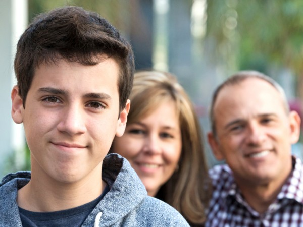 Kid with parents