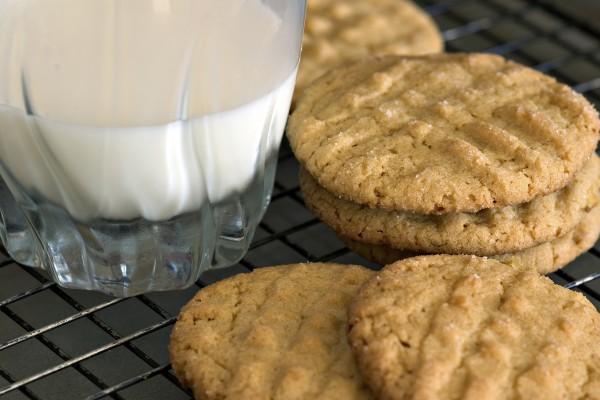 Maple-Peanut-Butter-Cookies-Photo.jpg