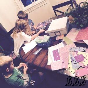 Kids-working-together-300x300.jpg