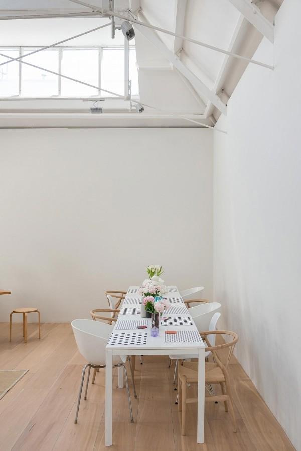 highgate-road-minimalist-industrial-loft-london-nw5-16