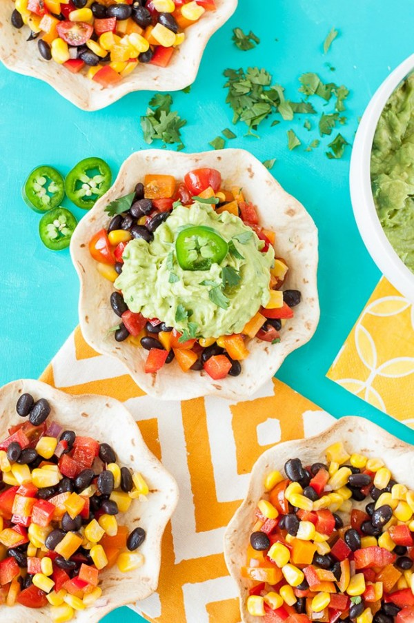 Guacamole Tacos with Southwestern Veggie Salsa | Peas and Crayons