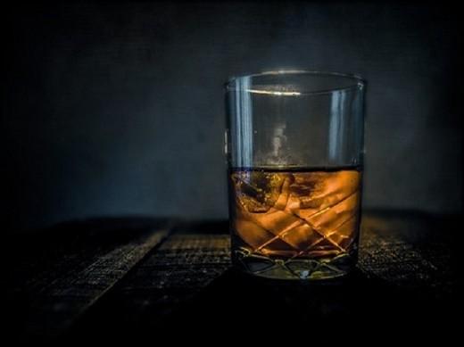 whiskey-315178__340.jpg